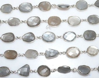 RB5292 Beautiful Gray Moonstone Connector Chain-Gray Moonstone Bezel Continuos Connector Chain 15-16 mm