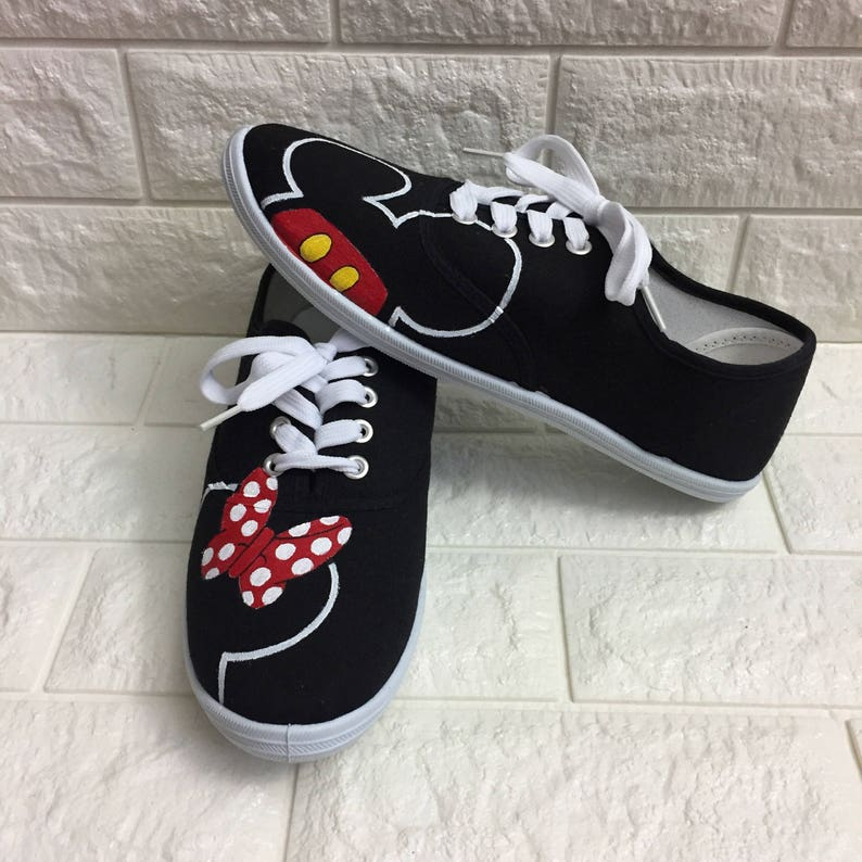 baa3bcfb09cb Minnie Mouse Disney Shoes MICKEY mouse shoes Disney World