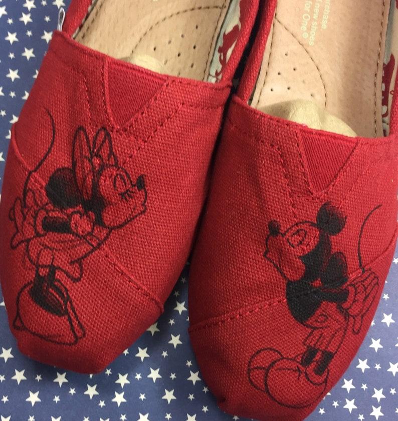 Minnie Maus Disney Schuhe [MICKEY mouse] Disney World Schuhe. Bemalte Disney Schuhe. Minnie Mouse Schleife Schuhe. Einfache Disney