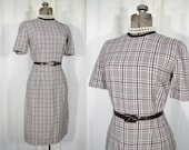 1950s Dress Small Short Sleeve Wiggle Vintage Dress Midi in Brown White Plaid