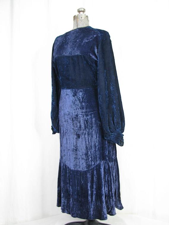 1930s Dress, 30s Blue Velvet Poet Sleeve Button B… - image 9