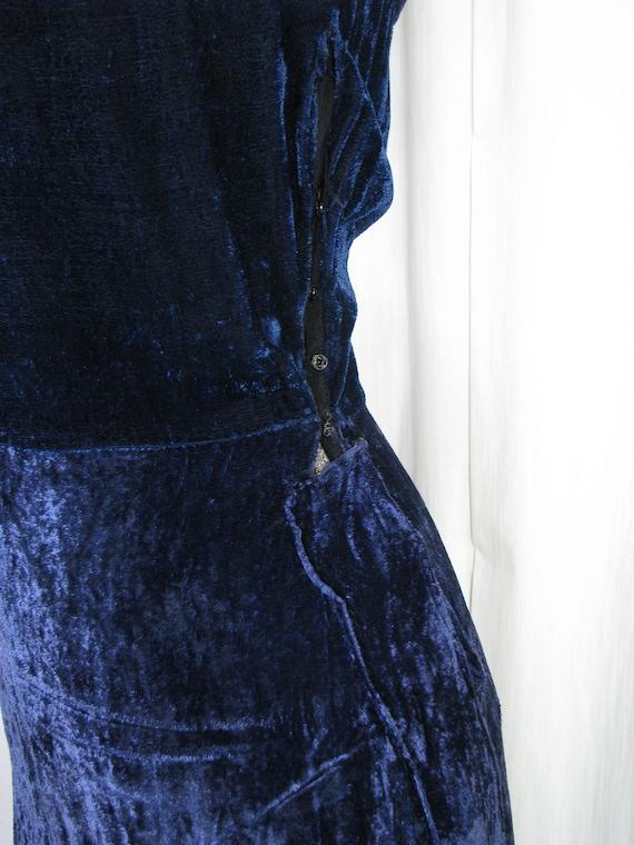 1930s Dress, 30s Blue Velvet Poet Sleeve Button B… - image 10
