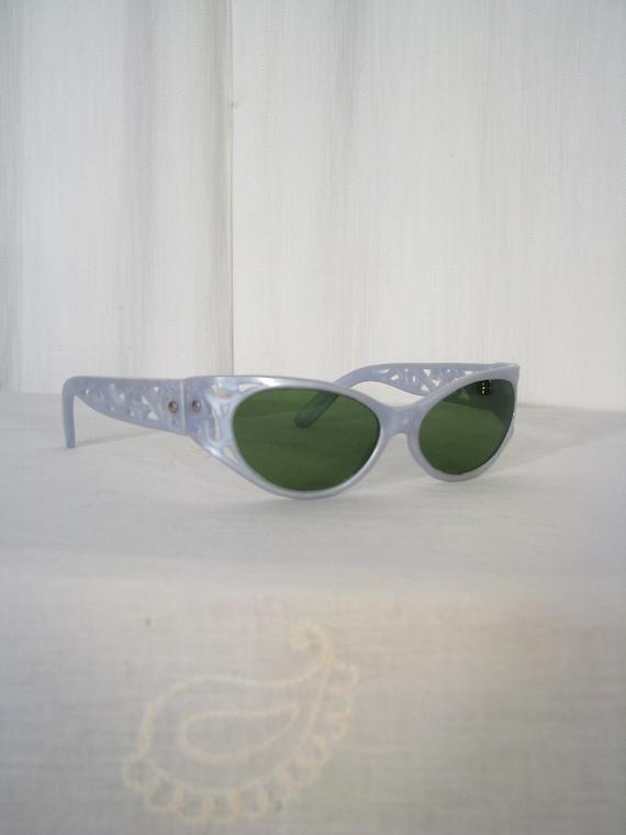 1950s Sunglasses / Vintage Wraparound Sunglasses 5