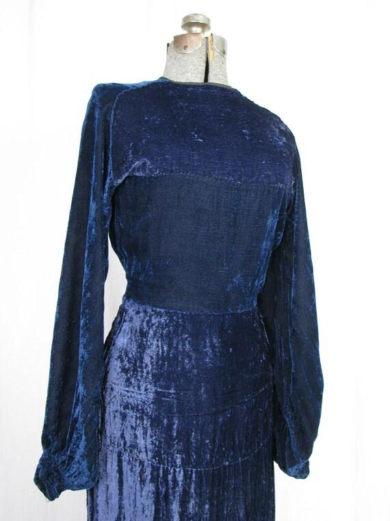 1930s Dress, 30s Blue Velvet Poet Sleeve Button B… - image 3