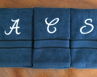 Monogrammed Hand Towel - Personalized Hand Towels - Initial Towels - Guest Towel - Wedding Shower Gift - Custom Hand Towel - Hostess Gift