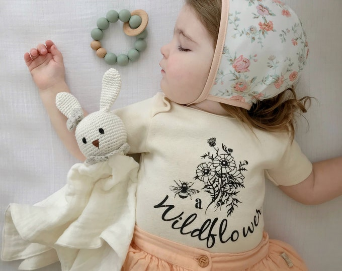 Featured listing image: Be a Wildflower Kids ORGANIC baby bodysuit, Baby and Kids Tees, Flowers, Boho Floral, Bouquet Bodysuit