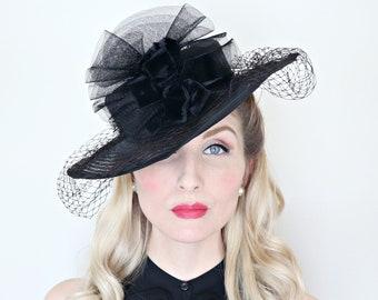 Vintage 1930s Hat / Wide brim hat / Black horsehair crin / Netting / Velvet bows / Dramatic