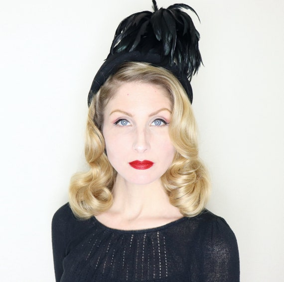 Vintage 1940s Hat / 40s Hat / Black Feather Hat /