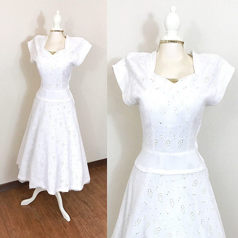1940s Vintage Dress / Eyelet lace / Vintage 40s Dress / Cream image 0