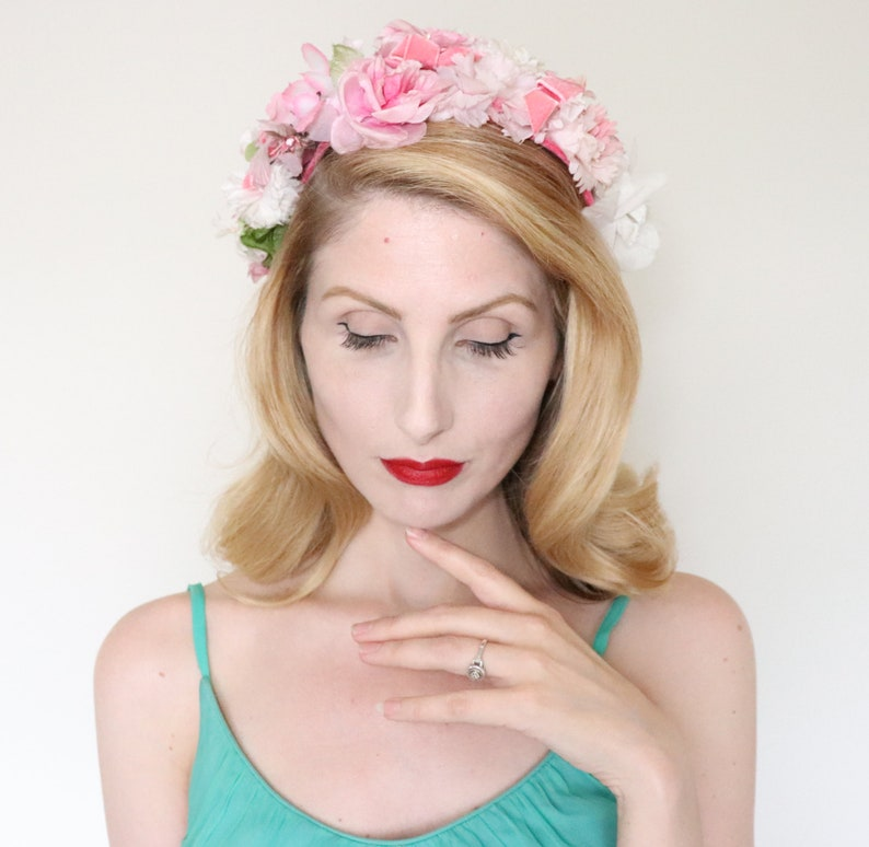 SOLD / Vintage 1950s hat / 50s Pink flower crown / Pink flower image 0