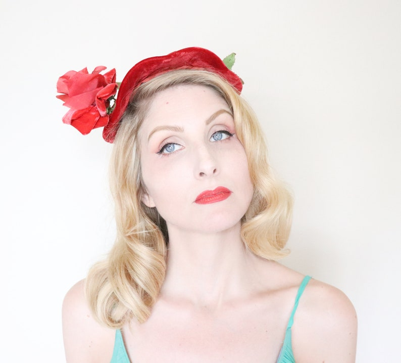 Vintage 1950s Hat / Red rose / 50s red velvet hat / Glamorous image 0