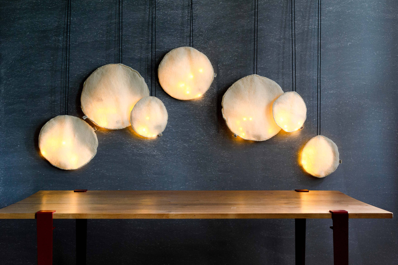lampe flach l wei e verfilzt wolle runde kabel led mit etsy. Black Bedroom Furniture Sets. Home Design Ideas