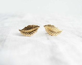 Small Gold Leaf Earrings. Leaf Stud Earrings. Spring Fashion. Simple Modern Jewelry by PetitBlue