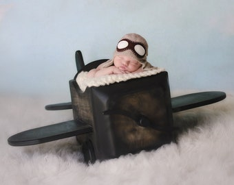 Baby aviator hat  - Baby Pilot hat - Aviator hat with goggles - Pilot knit hat - Photography prop - Newborn knit hat - Baby boy hat