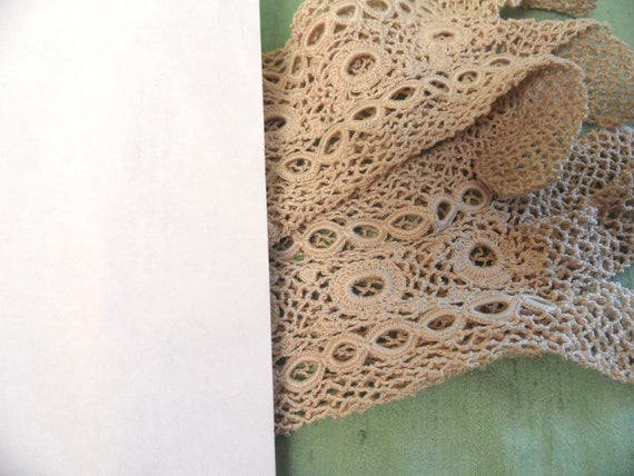 Beige crocheted mesh gloves /  vintage w gauntlet… - image 10