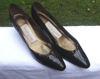 7ce8eadf00e 1980s Vintage Naturalizer High Heel Brown Shoes