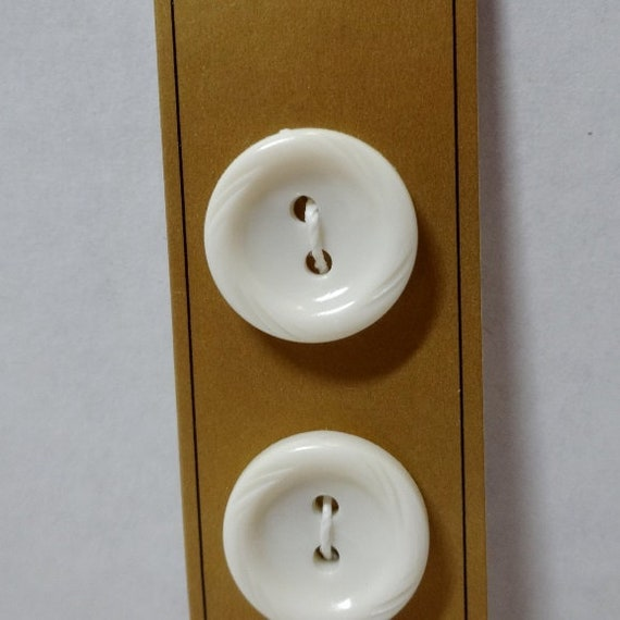 2 Holes Card of 6 12 Inch Fasteners Home Sewing Notions Craft Projects Made in Germany Style 8006 Dill Sew Through Buttons in White