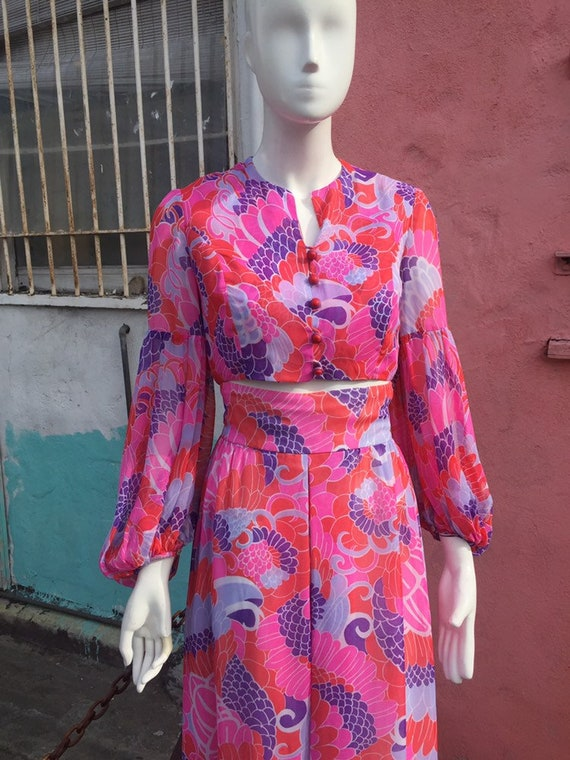 Late 60's Pink Psychedelic Floral Print Crop Top &