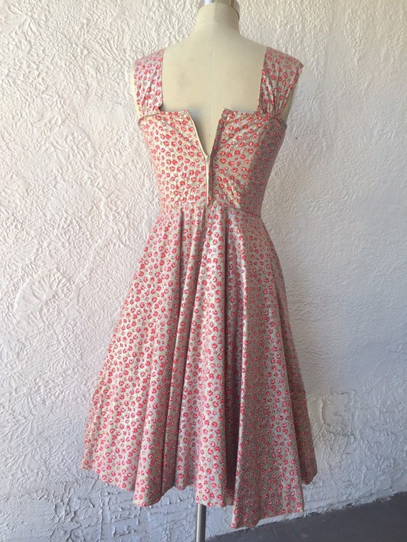 50's Silver Sundress with Calico Rose Print - image 6