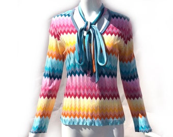 Vintage 70s Rainbow Zigzag Rayon Knit Slinky V Neck with Attached Tie Neck Long Sleeve Sweater by Marisa Christina Made in Italy size Medium