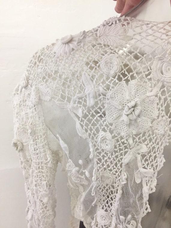 Beautiful Antique Floral Irish Crochet Blouse - image 5