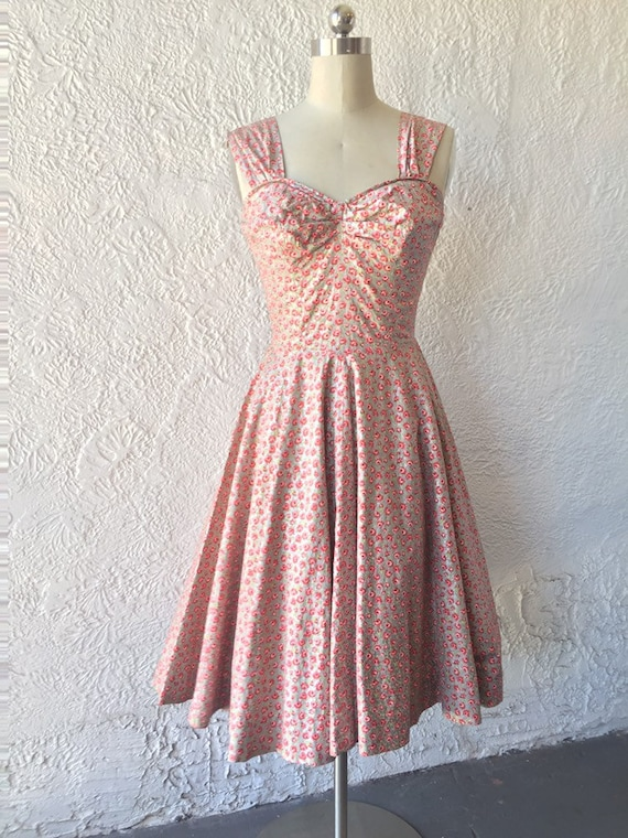 50's Silver Sundress with Calico Rose Print - image 5
