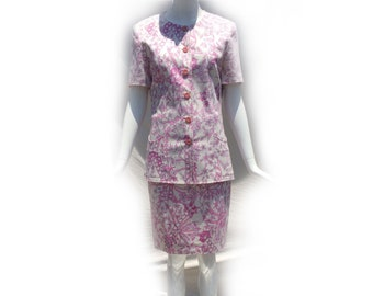 80s Pink White Mod Floral Two Piece Structured Short Sleeve Skirt Suit Set by Miss Bessi Pucci - esque Made in Italy