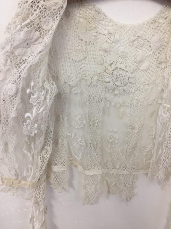 Beautiful Antique Floral Irish Crochet Blouse - image 4