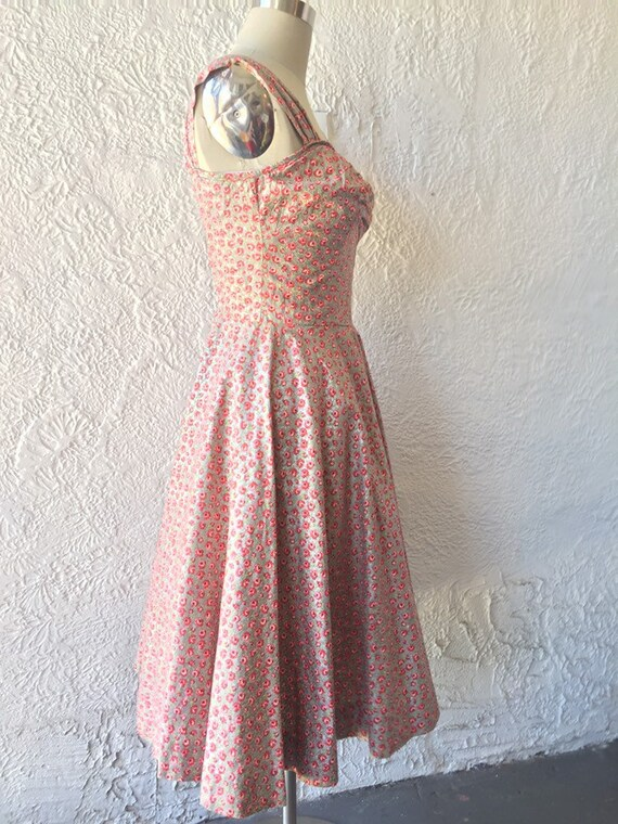 50's Silver Sundress with Calico Rose Print - image 3