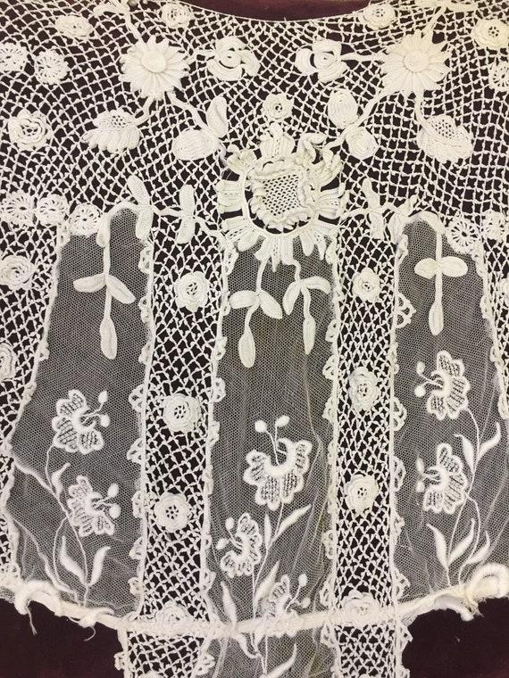 Beautiful Antique Floral Irish Crochet Blouse - image 2