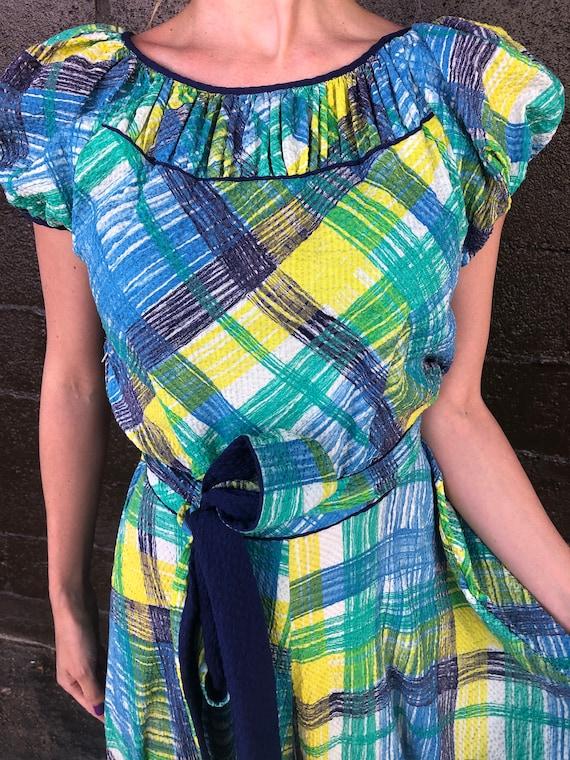 40's Painterly Plaid Seersucker Dress - image 6