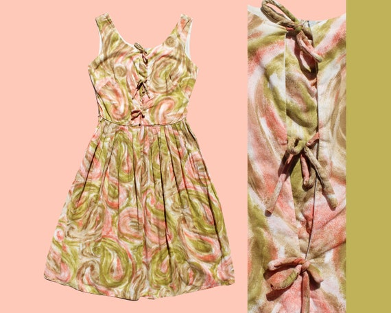 Early 1960s Swirled/ Marble Pink & Green Tied fron