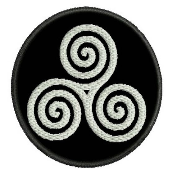 Triple Spiral Triskele Talisman Embroidered Patch Celtic Etsy