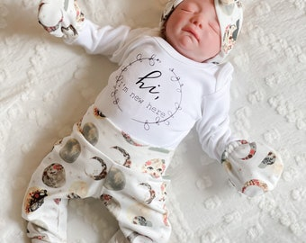 Baby Girl Coming Home Outfit // Baby Shower : Celestial Moon Floral Pants, Tie Headband, Knot Hat, Personalized Bodysuit, Swaddle, Mitts