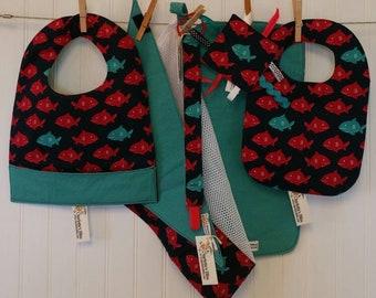 Shark Baby Gift Set, Bib & Burp Cloth Set, Bandana Drool Bib, Toddler Pocket Bib, Crinkle Toy, Pacifier Leash, Mesh Laundry Bag, Baby Shower