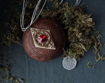 Ethnic Swarovski pendant,Boho mandala pendant,Boho filigree red pendant,filigree classic pendant,red stone pendant,Swarovski pendant classic