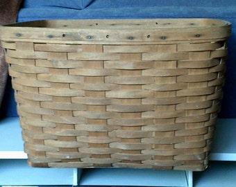 Longaberger Basket - Large - Signed - Dated