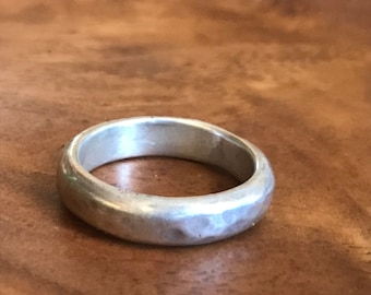 Alicia ring Handmade, 4 mm wide, sterling silver band ring with a hammered texture, size 9.5 US