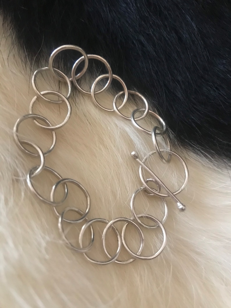 Alicia bracelet 9 1/4 inch length 1/2 inch link circle image 0