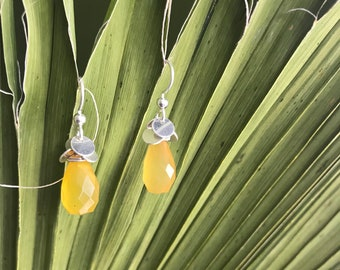 The Kierin earring silver discs and yellow chalcedony briolette bead with silver fish hooks