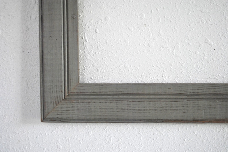 Reclaimed Old Cottage Wall-Covering Hand-Distressed 16 x 20 Colonial Gray Bead Board Frame Weathered One-of-a-kind