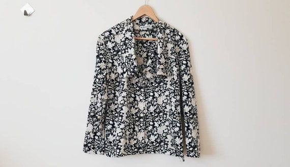 Vintage black long sleeve blouse with floral print