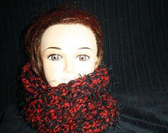 snood 2 turns of the neck