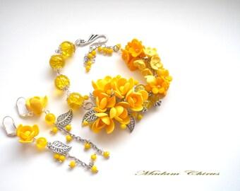 Bracelet and earrings, yellow earrings, a yellow Bracelet, flower Bracelet, Wedding Bracelet, handmade Bracelet, flower jewelry,