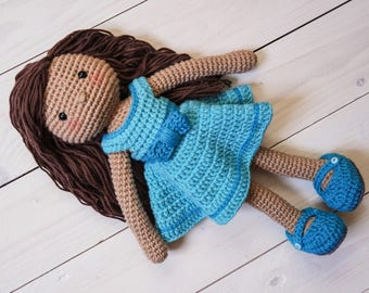LILY - crochet pattern by Snuggly Stitches