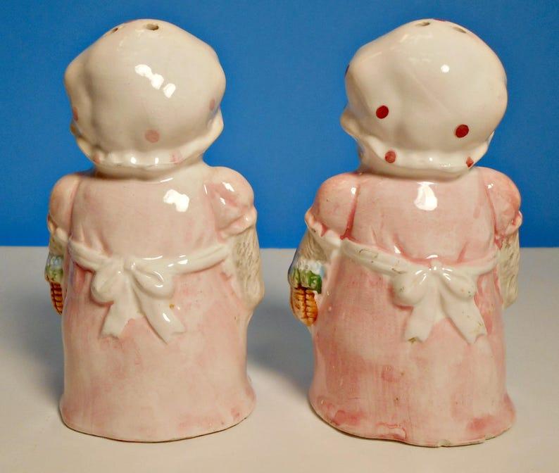 Chubby lady teapot