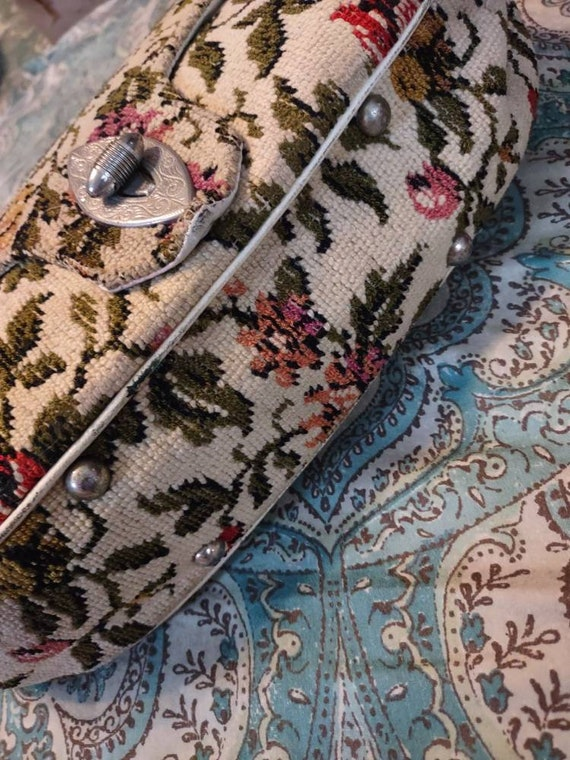 Carpet Brocade Vintage Purse Handbag Pocketbook T… - image 3