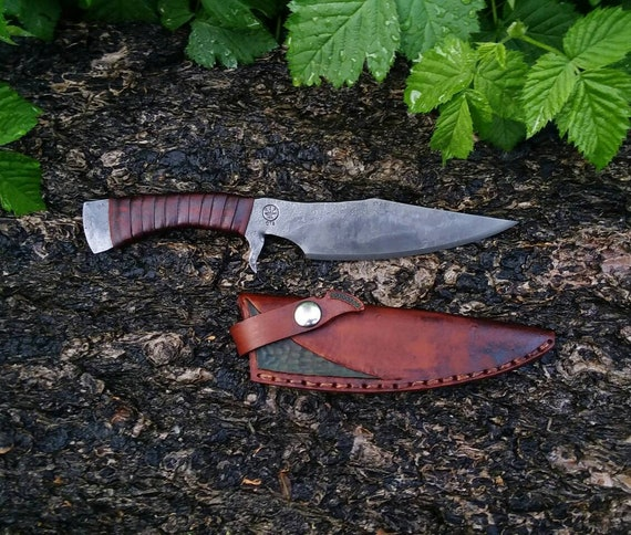 Integral guarded utility knife hand forged handmade