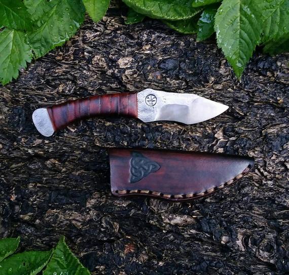Integral utility knife