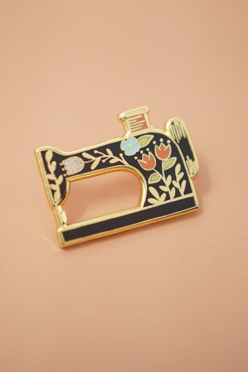 Sewing Machine Enamel Pin   Hard Enamel, Enamel Pin, Lapel Pin, Flair,  Sewing Gifts, Gifts for Sewist, Sewing Machine, Quilter Gifts